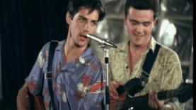 Liceenii Rock'n Roll film romanesc online comedie romantica latimp.eu