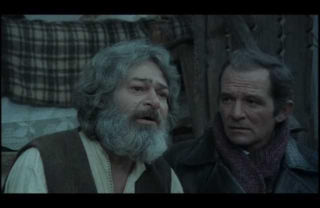 filme romanesti vechi online de propaganda comunista [640×480]