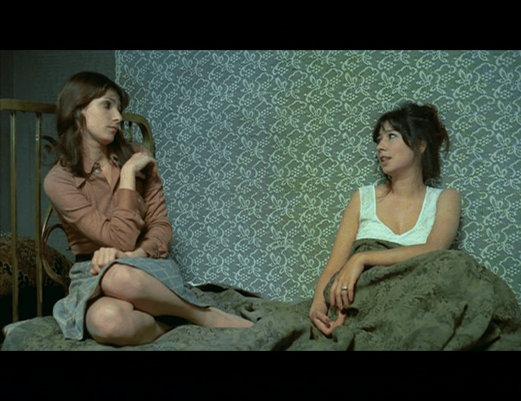 filme romanesti vechi lege anti-avort ilustrate-cu-flori-de-camp